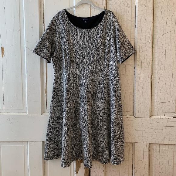 Lands' End Dresses & Skirts - Lands' End scoop neck dress Size 1X